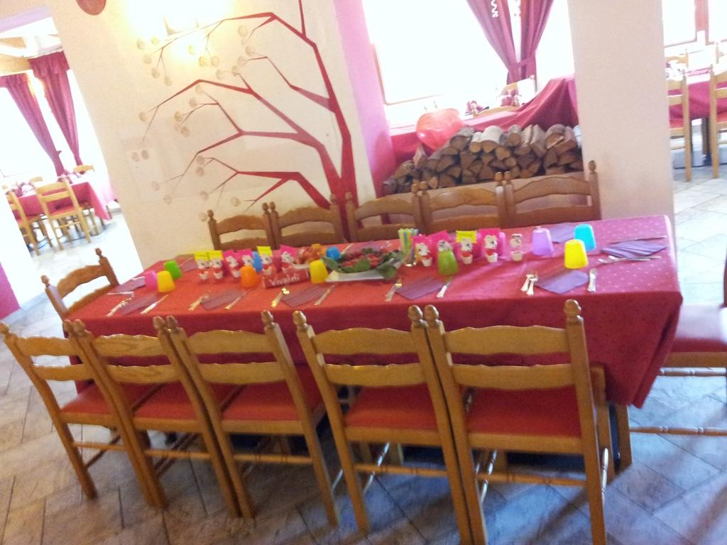 Tavolo Per Bambini Family Hotel Primavera Trentino