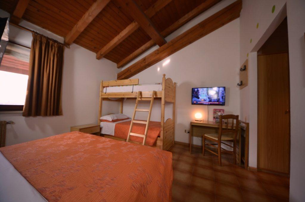 letto a castello in stanza quadrupla - Family Hotel ...